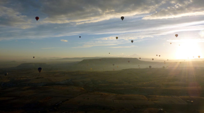 Day 4: Balloon flight & cave hotel in Cappadocia