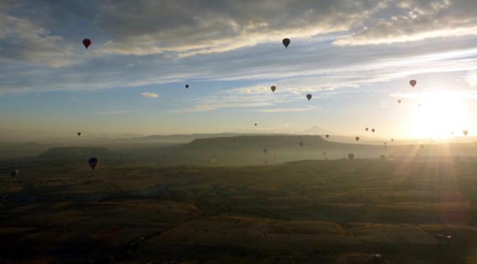 Day 4: Balloon flight & cave hotel in Cappadocia
